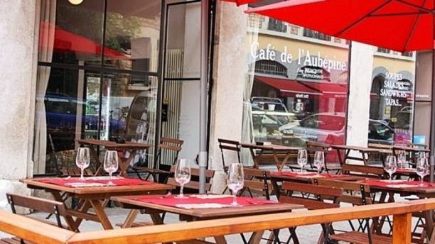 Café de L'Aubépine Terrasse