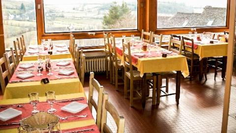 restaurant - Le Moderne - Aubrac