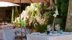H?tel Restaurant La Bastide de Cabri?s Français