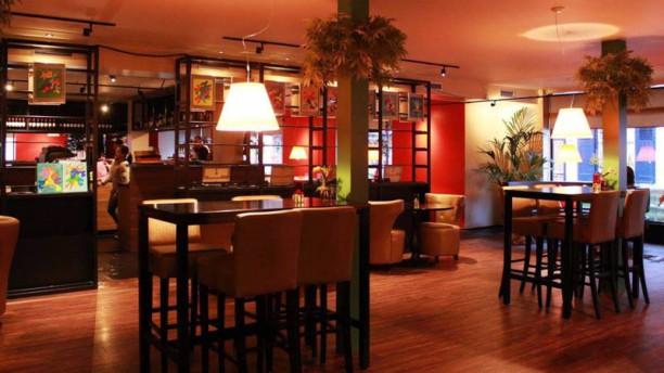 Restaurant Ai-Bamboe restaurantzaal
