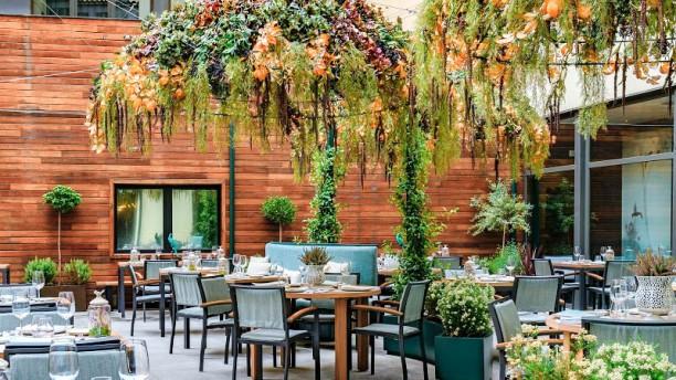 Nomad Food & Bar - Hotel Vincci Soho Terraza Exterior