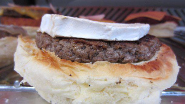 Brother's Burger Bar Plat