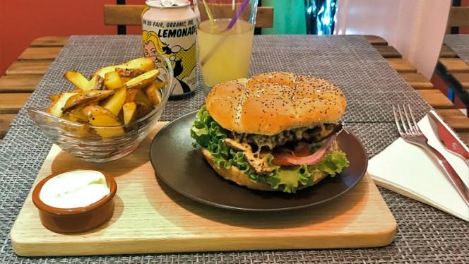 Chicken Burger - Chez Eve Restaurant BIOn, Aix-en-Provence