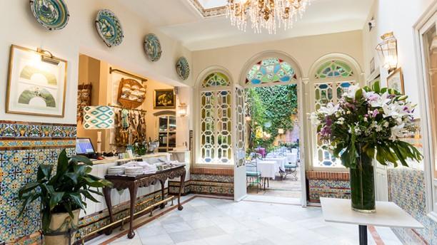 Casa manolo le n in sevilla restaurant reviews menu and prices thefork - Casa manolo leon sevilla ...