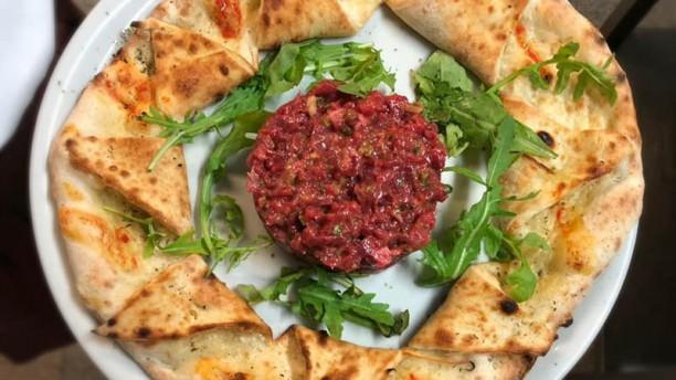 Restaurant Les Vignettes Steak tartare couronné