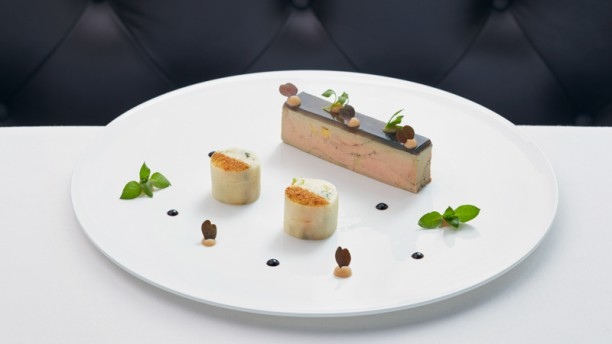 La Ferme Saint Simon In Paris Restaurant Reviews Menu And