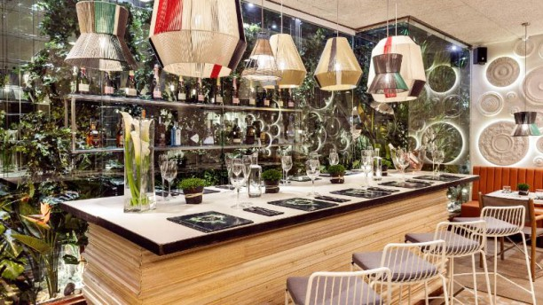 Restaurante el jard n del ed n en barcelona eixample ciutat vella men opiniones precios y - El jardin del eden barcelona ...
