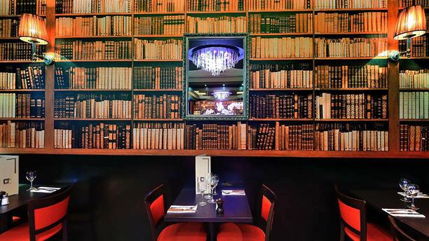 George V Cafe cafe george v