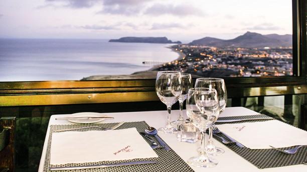 Panorama Restaurante Ambiente com vista