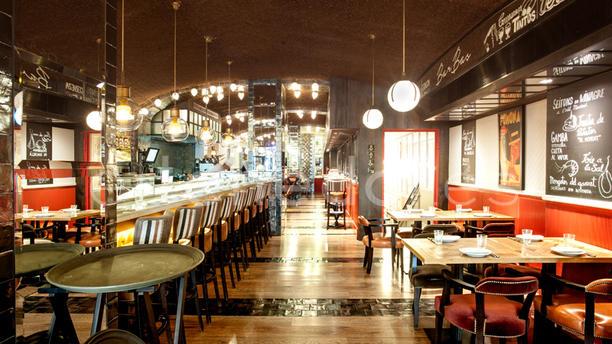Bar Bas Moderno y acogedor