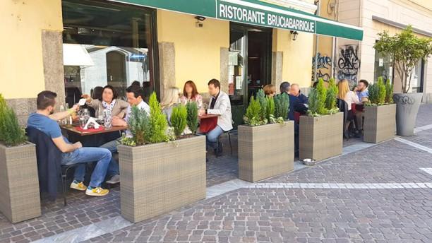 BruciaBarrique Tavoli esterno