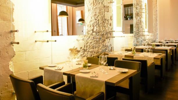 Brasserie Les Fenêtres In Marseille Restaurant Reviews Menu And