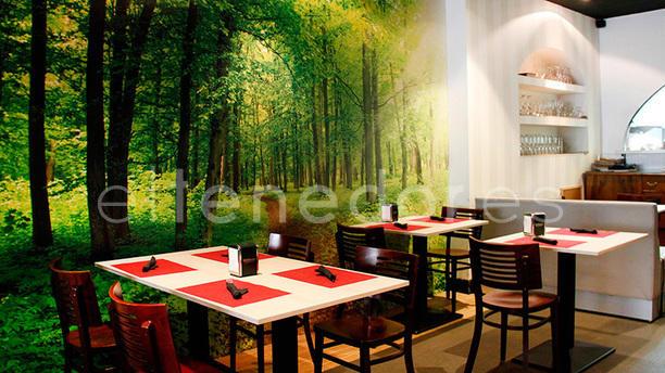 Neotaberna roca de gu a in madrid restaurant reviews for Roca de guia