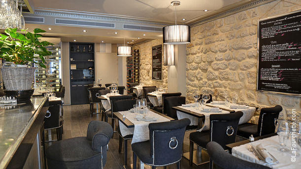 Le Petit Commines Bienvenue au restaurant Le Petit Commines