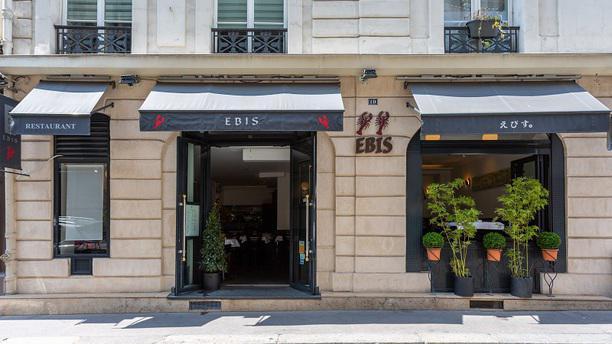 Ebis facade