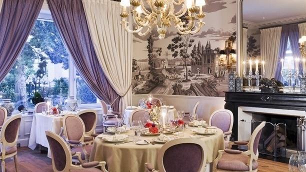 Grand Hôtel du Lac - Les Saisons Table dressée