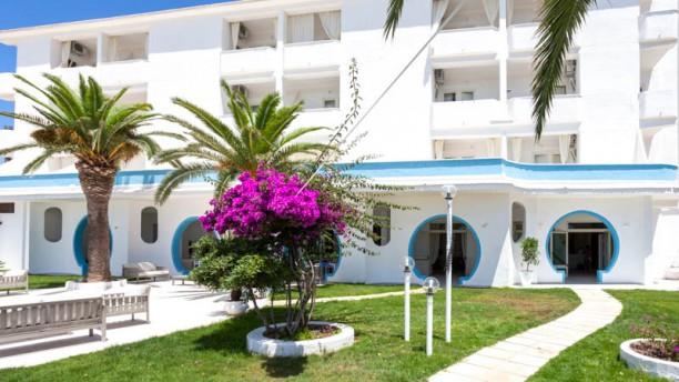 Sud Hotel Esterno con giardino