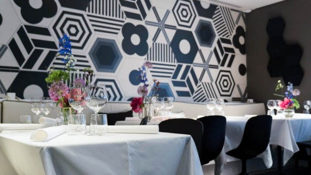 Sun by Zarzo Het restaurant