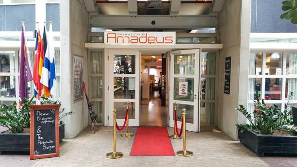 Grand Café Amadeus Ingang