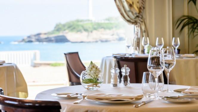 Table   Villa Eugénie   Hôtel Du Palais Biarritz, Biarritz
