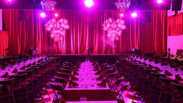 Le Lyon Rouge salle