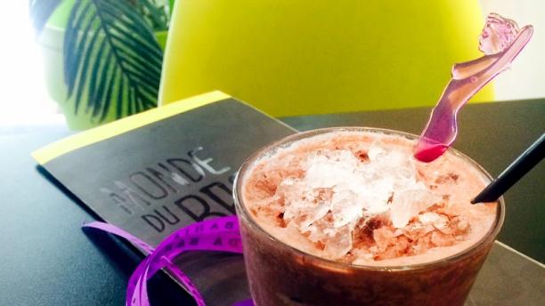 Monde du Brésil Cocktail Batida d'Açai