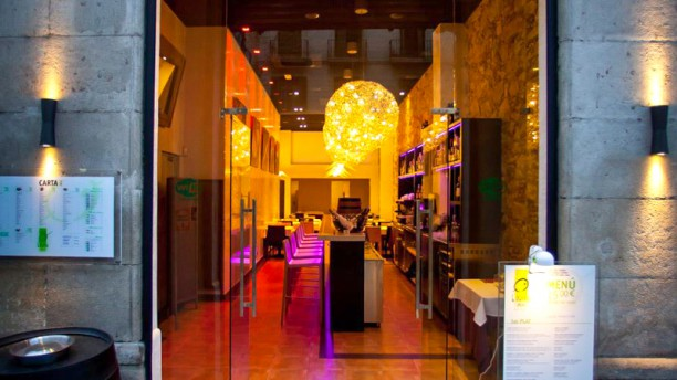 Oliva Restaurante - Aribau Entrada