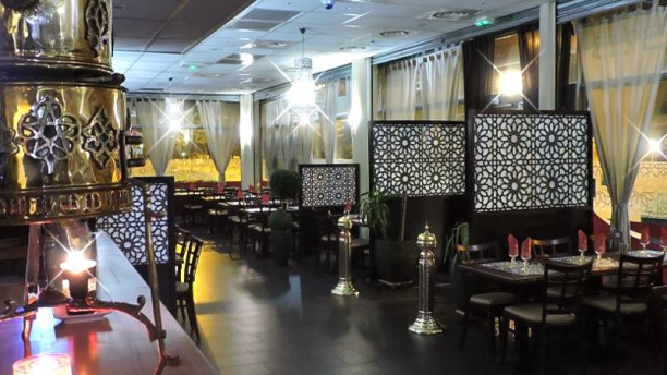 L'Arcade buffet marocain à volonté Vue de la salle