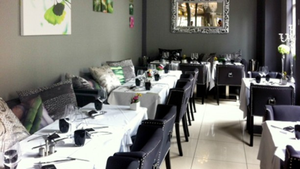 Le Swann In Paris Restaurant Reviews Menu And Prices
