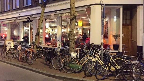 Flinders Café Restaurant Groningen Schuitendiep ingang