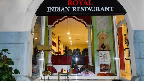 Royal Indian Vista entrada