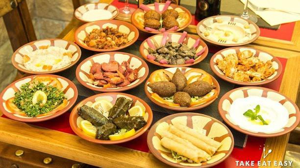 Falafel Byblos Mezze