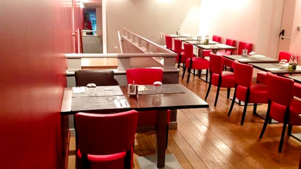 restaurant la table rouge levallois perret menu avis prix et r servation. Black Bedroom Furniture Sets. Home Design Ideas