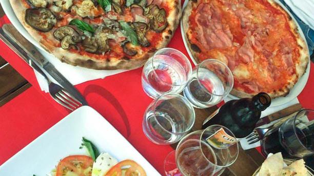 Zero Zero Pizza, caprese e...Fantasia