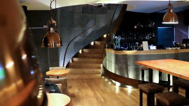 Lotus Bar & Bistro Sala