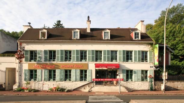Chez Clément - Bougival Devanture