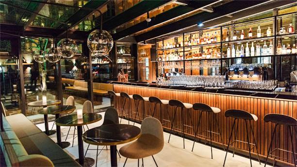arc by lute in amsterdam menu openingstijden prijzen adres van restaurant en reserveren. Black Bedroom Furniture Sets. Home Design Ideas