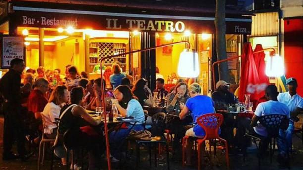 Il Teatro Devanture / terrasse