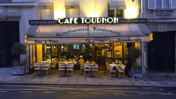 Café Tournon Devanture
