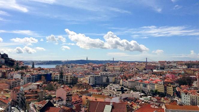 Vista dia - Via Graça, Lisboa