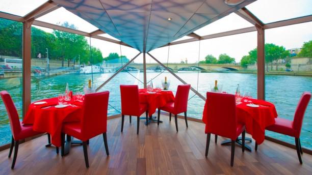 Reservation Restaurant Dans Bateau Mouche Paris