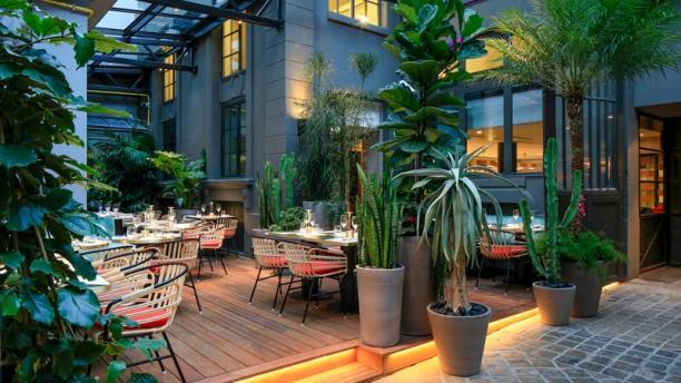 Restaurant Nous Paris