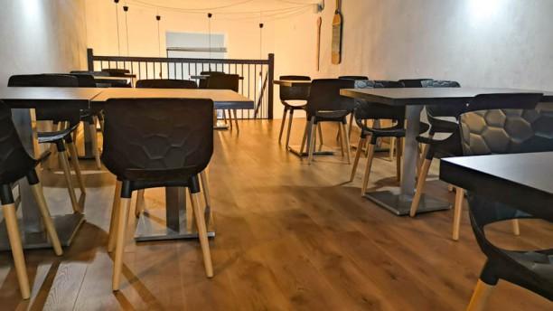 Le Verniss'Art café Salle