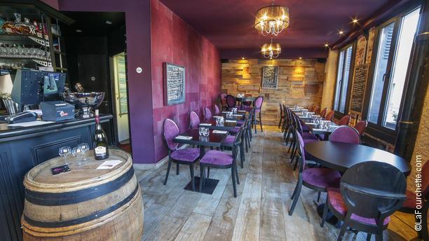 Restaurant Le  Rue Desnouettes Paris