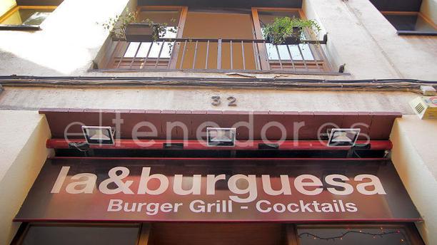 La&Burguesa - Braseria Can Carbó vista exterior