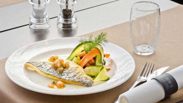 Bistrot De La Gare In Cholet Restaurant Reviews Menu And
