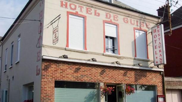 Hôtel Restaurant De Guise Façade