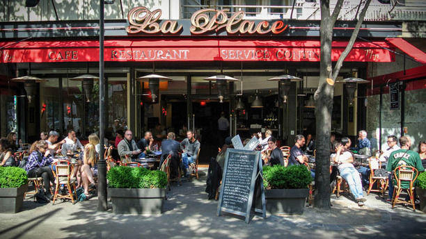 Restaurant La Place Avenue De Choisy