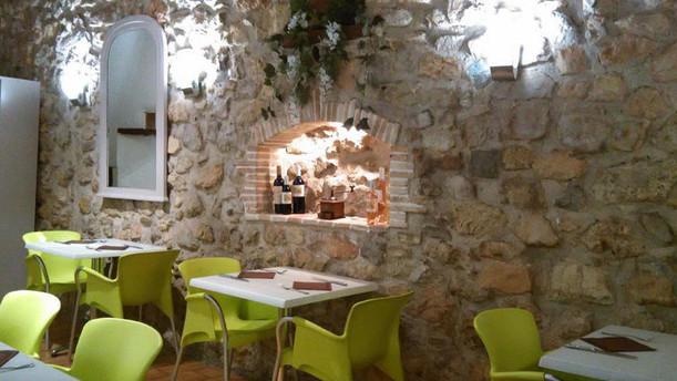 La Crêperie du Vieil Antibes Restaurant