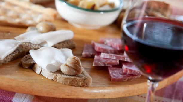 Chalet Bielmonte antipasto con vino